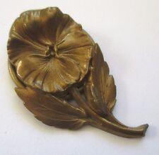 serre passe foulard ancien motif floral bijou vintage couleur or patiné 3446