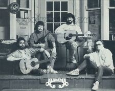 1990 Press Photo Country Band Alabama Country Store Front Pose Randy Owen