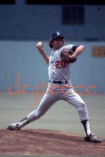 1977 Don Sutton LOS ANGELES DODGERS - 35mm Baseball Slide