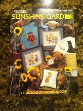 Leisure Arts Sunshine Garden 2600 12 Designs by Kahie Rueger Sunflower Bears