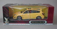 1:18 Yat Ming 2003 Pontiac Vibe - Yellow