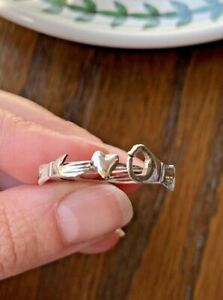 Vintage SOLID SILVER Fede Gimmel RING Movable Clasping Hand Holding Hidden Heart