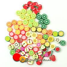 100x Perline Modello Frutte DIY Colorati Decorazione DIY Foro Agrilla Novità