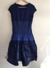 MARITHE FRANCOIS GIRBAUD noir et bleu marine robe