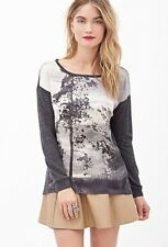 Forever21 Contemporary Scenic Sateen Panel Top, M