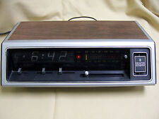 Vintage Zenith 1474w AM/FM RADIO works / Rotary Alarm Clock not working AS IS