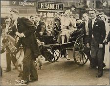 PHOTO DE PRESSE N.Y.T. + 1936 + EDIMBOURG + VOITURE HIPPOMOBILE + ANE + NOCE