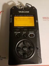 TASCAM DR-40 Portable Digital Recorder, Loose Batt Cover, PCM DR40