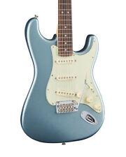 Guitarras y bajos 6 cuerdas Fender