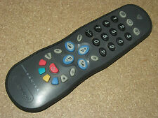 Telecomando universale TV FACILE con riverstimento anticaduta gumbody antishock