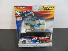 NEW IN BOX 2002 Hot Wheel Nascar Luxury Rides Valvoline Johnny Benson #B0540