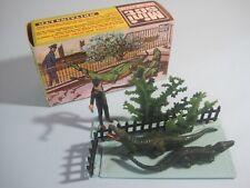 BRITAINS Plastic Zoo Animals: KEEPER & CROCODILES MINI SET #1032
