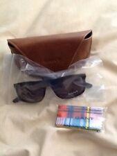 Gant sunglasses Wayfareer Style.