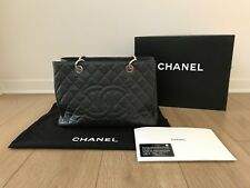 PRE-OWNED CHANEL DARK GRAY QUILTED CAVIAR GST GRAND SHOPPING Tote Bag SILVER HW