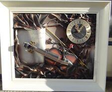 Bilderuhr mit Collage, Batteriewerk, gerahmt, RG 57x66 cm
