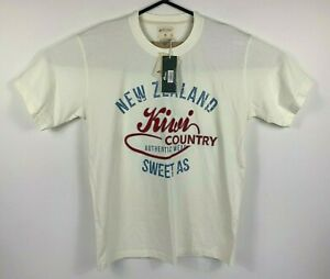 Kiwi Silver Men's T-Shirt Size XL Hallifax NZ Kiwi Country Sweet As!