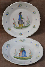 Pair of Scalloped Plates Couple of Breton HR Henriot Quimper 1900