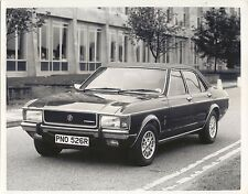 Ford Granada Ghia Mk 1 1976-77 Original b/w Press Photograph Reg. PNO526R
