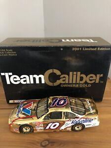 2001 JOHNNY BENSON #10 VALVOLINE 1/24 TEAM CALIBER OWNERS GOLD DIECAST #2 of 258
