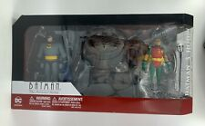 Batman the Animated Series Batman and Robin with Bat-Signal Action Figure 2-Pack