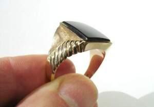 Vintage Men's Onyx (10k GOLD) Ring - detail engraving & design elements -size 12