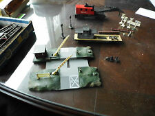 Vintage Tyco Ho Crossing Station, Crane & Maintenance Car & Tracks
