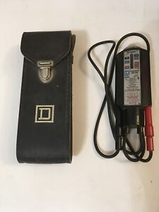 Vintage Square D Wiggy Class 6610 Type VT-1 AC-DC Voltage Tester With Case
