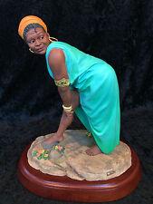 "Thomas Blackshear's EBONY VISIONS ""Oh Yes She Did!"" Figurine Sculpture #37092"