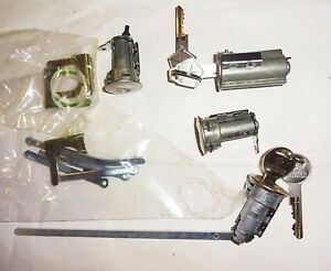 Ignition / Door /Trunk Lock Set 1969 A/B/C Body Charger GTX Dart Mopar NOS KEYS