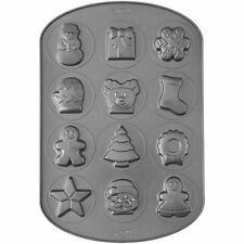 Wilton 12 Cavity Christmas Cookie Shapes Pan / Christmas Biscuit Pan