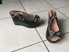 Compensées sandales LOLLIPOPS pointure 38 noires bon état