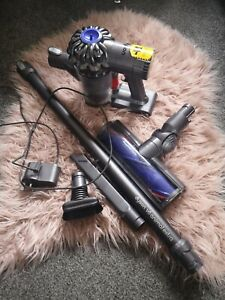 Dyson Sv04 V6 animal extra Vacuum Cleaner hoover