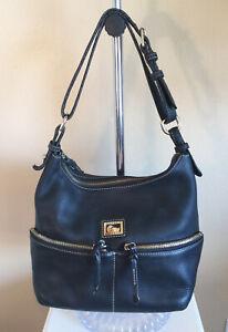 Dooney Bourke Handbag Purse Shoulder Bag Black Leather Medium Lining has damage