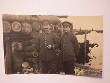 2 Soldaten in Uniform im Winter vor einer Stellung ? Regiment Nr. 342 ?/ Foto