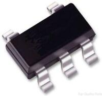 DC/DC Adjustable Charge Pump Voltage Converter, 1.8V to 5.5V in, 3.6V to 11V/15