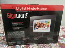 "NIB 7"" Digital Picture Frame 8GB with Black Woodgrain Frame"