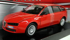 Motormax 1/24 Scale 73372 Alfa Romeo 159 Sport Wagon Red Diecast model car