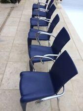 fauteuil bleus Philippe Stark louis XX