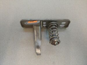 VERY NICE ORIGINAL GENUINE PORSCHE 356C 356SC HOOD UPPER LATCH ASSEMBLY NLA 2