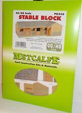 Metcalfe PO256 Stable Block - (00 Gauge) Card Kit.(00)