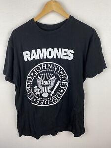 The Ramones Mens T Shirt Size M Crew Neck Double Graphics Black Adult