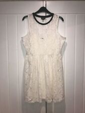 BEAUTIFUL CREAM LACE, FULLY LINED DRESS WITH BLACK PIPING FROM TOPSHOP ~ 10
