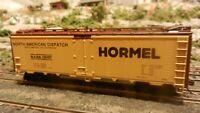 Athearn Ltd Run HO Steel Ice Reefer, Hormel, Yellow Car, Upgraded Exc