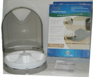 Petsafe Eatwell 5 Meal Pet Feeder Automatic Carousel PFD11-13707 Unused Open Box
