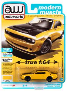 2021 AUTO WORLD 1:64 *PREMIUM 2B* Yellow Jacket 2018 Dodge Challenger DEMON NIP!