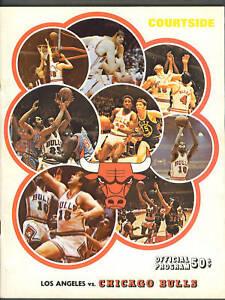 Chicago Bulls vs Los Angeles Lakers 1970-71 basketball program
