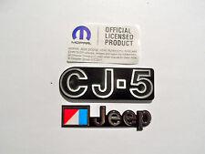 JEEP CJ5 EMBLEM & AMC FLAG KIT-2 PIECES MOPAR APPROVED REPRODUCTIONS 1972-1983