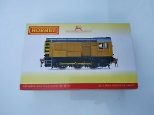 Hornby OO Gauge Class 08 Shunter Network Rail Yellow R3261 Boxed