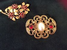 VINTAGE LOT OF 2 GOLD TONE RED RHINESTONE PINS BROOCHES