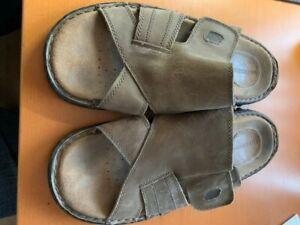 Sketchers Sandals Mens Unisex Size 9 Slides Flipflops Bbk Memory Foam Bnwt Shoes